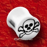 ��� WHITE SKULL ACRYL SADDLE PLUG OHR PIERCING WEISS 1457